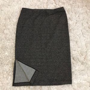 Target fitted skirt